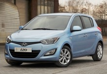 HYUNDAI i20, Front + links, Hatchback, Blau