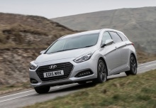 HYUNDAI i40, Front + links, Stationwagon, Silbergrau